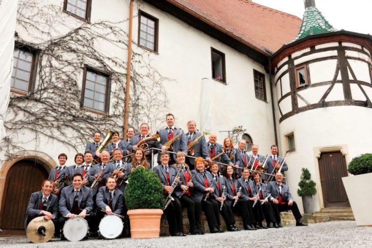 Bild Musikverein Entringen e.V. im Jubiläumsjahr 2013